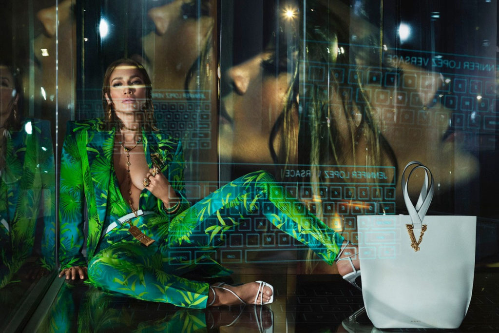 Jennifer Lopez Versace S/S 2020